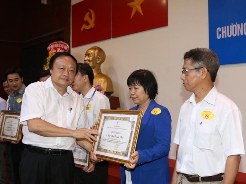 Hơn 16.000 hộ nhận giải 'Gia đình tiết kiệm điện' - ảnh 1