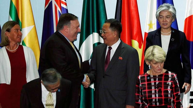 Mỹ mang 'đá thử vàng' đến ASEAN - ảnh 1