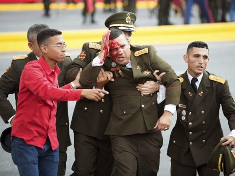 Ai ra tay ám sát tổng thống Venezuela? - ảnh 1