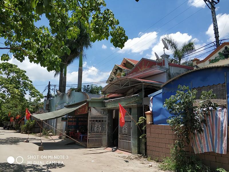 Xây nhà trên chợ bỏ hoang, không được bồi thường - ảnh 1
