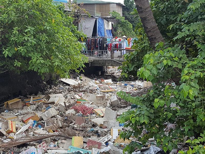 Cần 150 tỉ đồng cải tạo kênh, chống ngập sân bay Tân Sơn Nhất - ảnh 1