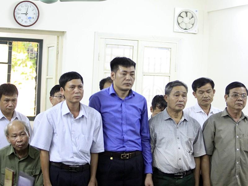 9/10 cựu cán bộ vụ Đồng Tâm được giảm án - ảnh 1