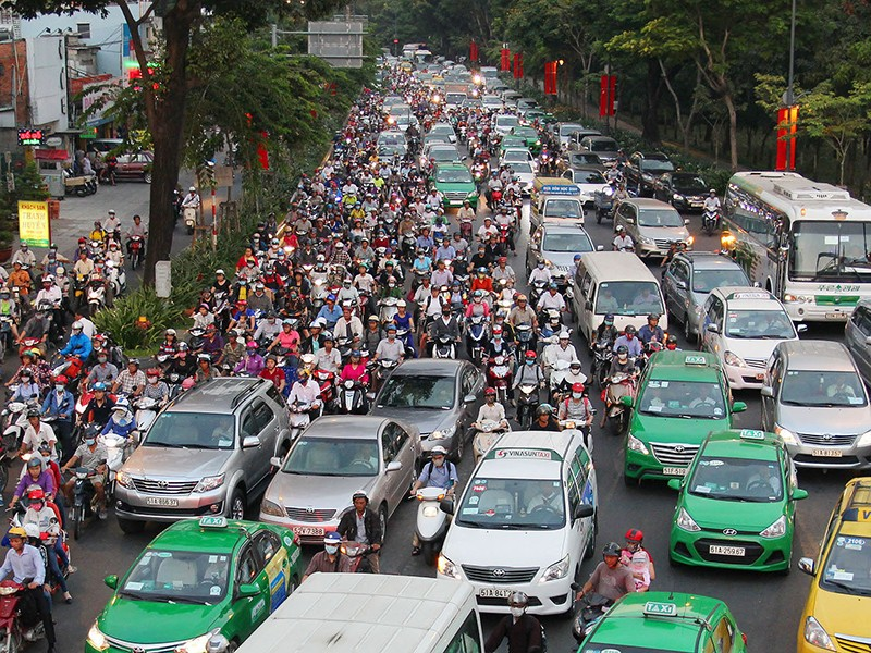 Mở nhiều đường kết nối sân bay Tân Sơn Nhất - ảnh 1