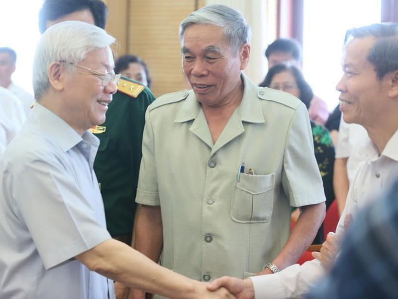 TBT Nguyễn Phú Trọng: Lãnh đạo cấp cao phải nêu gương trước - ảnh 2