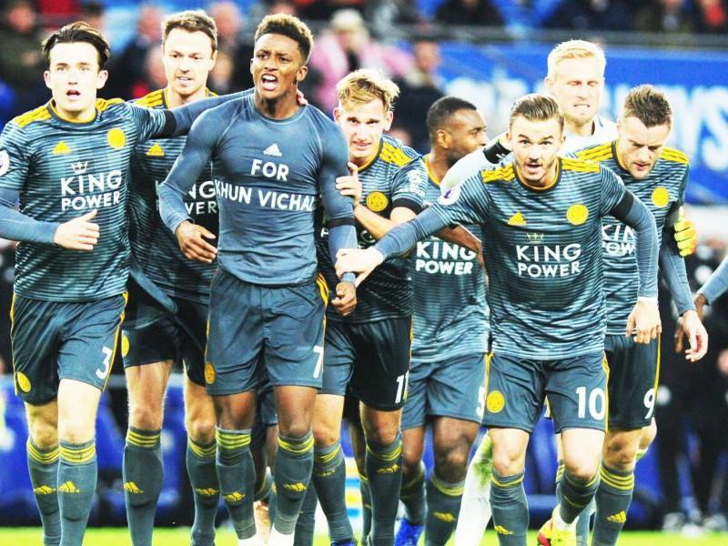 Chữ 'Sài Gòn' trên tay áo Leicester và trận cầu nhớ Vichai - ảnh 1