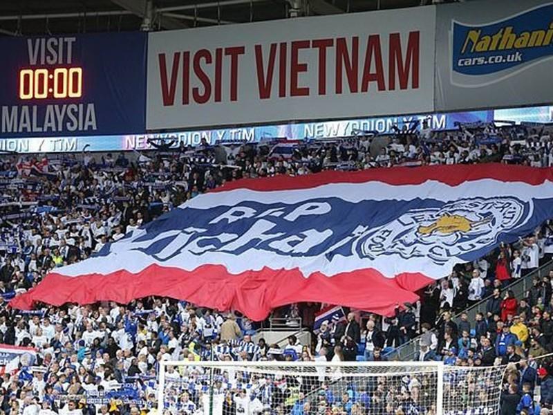 Chữ 'Sài Gòn' trên tay áo Leicester và trận cầu nhớ Vichai - ảnh 2