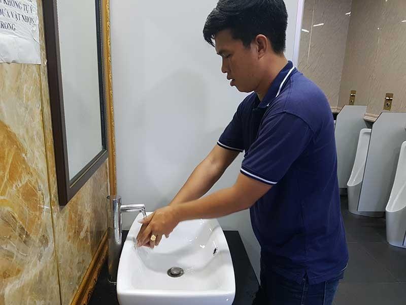 Tâm sự của 'cha đẻ' Hiệp hội Nhà vệ sinh - ảnh 1