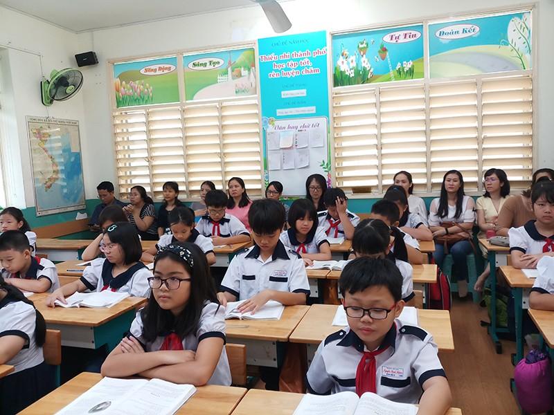 'Open house' - Phụ huynh vào lớp học cùng con - ảnh 1