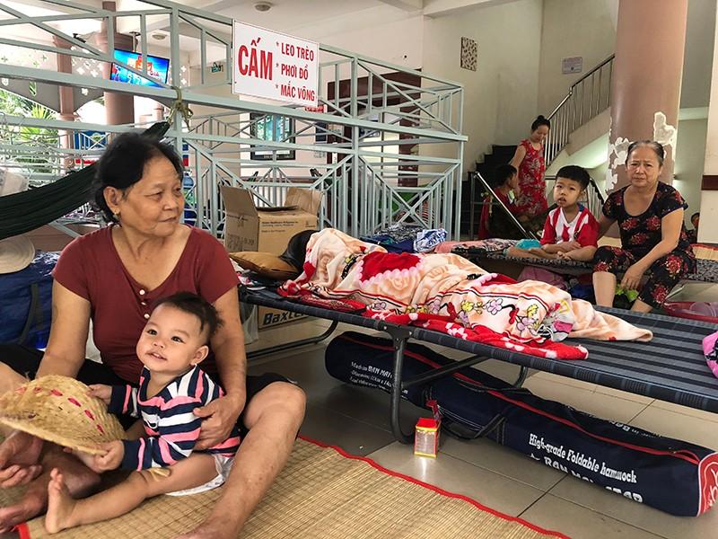 Thiếu nguồn tạng, trẻ lay lắt bám bệnh viện - ảnh 1