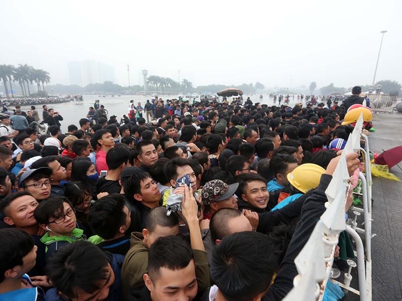 Việt Nam - Philippines, VFF bán vé online, không còn xếp hàng - ảnh 1