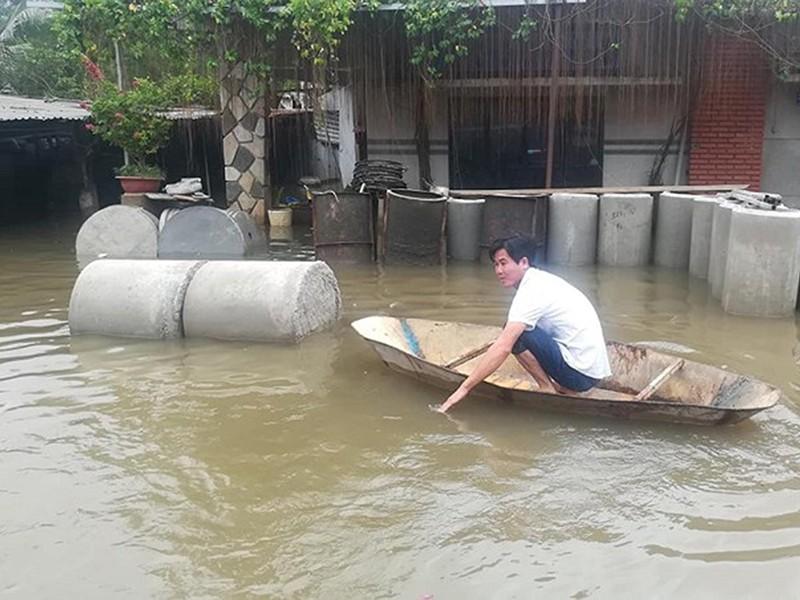 TP.HCM lênh láng nước sau bão số 9 - ảnh 2