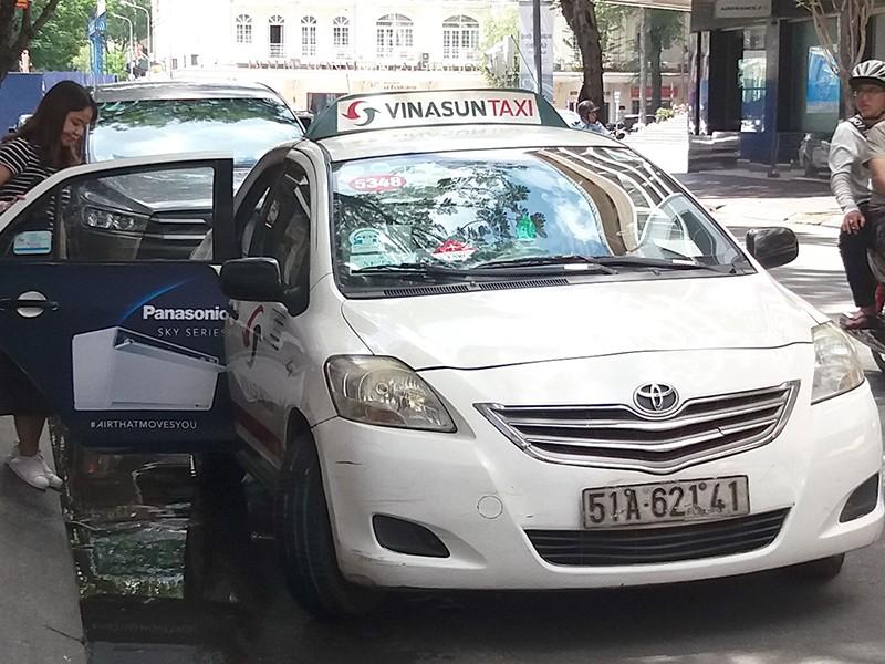 Giá xăng giảm mạnh, sao cước taxi, vận tải… không giảm? - ảnh 1