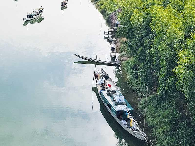 Sông quê, thiên đường tuổi dại - ảnh 1