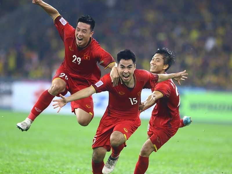 Khi Thái Lan muốn 'học' bóng đá Việt Nam - ảnh 1