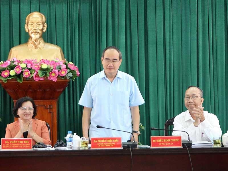 Bí thư Nguyễn Thiện Nhân làm việc với quận Tân Bình - ảnh 1