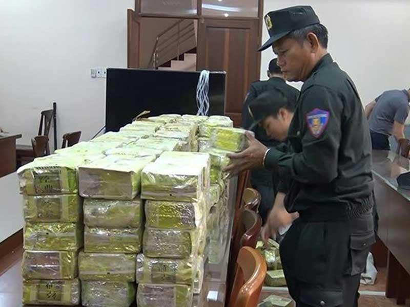 TP.HCM khen thưởng vụ bắt 300 kg ma túy - ảnh 2