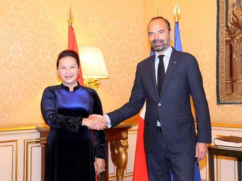 Chủ tịch Quốc hội Nguyễn Thị Kim Ngân hội kiến thủ tướng Pháp - ảnh 1