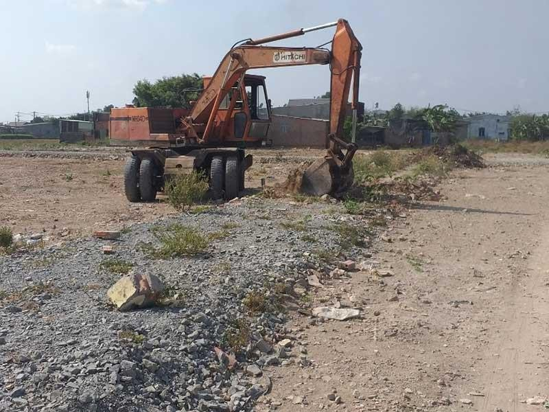Đua nhau băm nát đất nông nghiệp ở Bình Chánh - ảnh 1