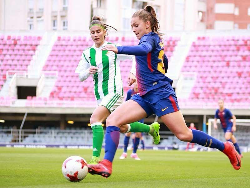 'Messi nữ' của Barcelona mơ cú đúp cùng Messi - ảnh 1