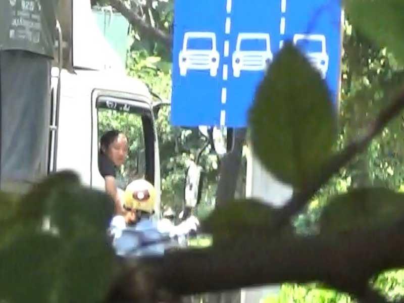 Điều tra: Các nhóm 'cò' dẫn xe qua chốt CSGT - ảnh 3