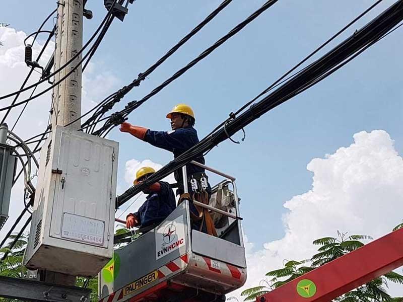 Để đảm bảo an toàn về điện trong mùa mưa bão - ảnh 1