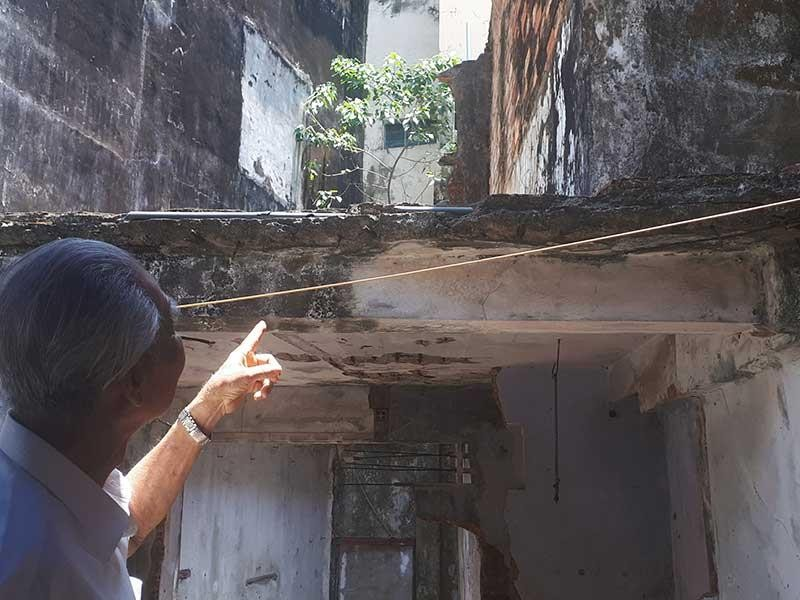 15 năm chưa xử xong… cái ban công ở Cà Mau - ảnh 1