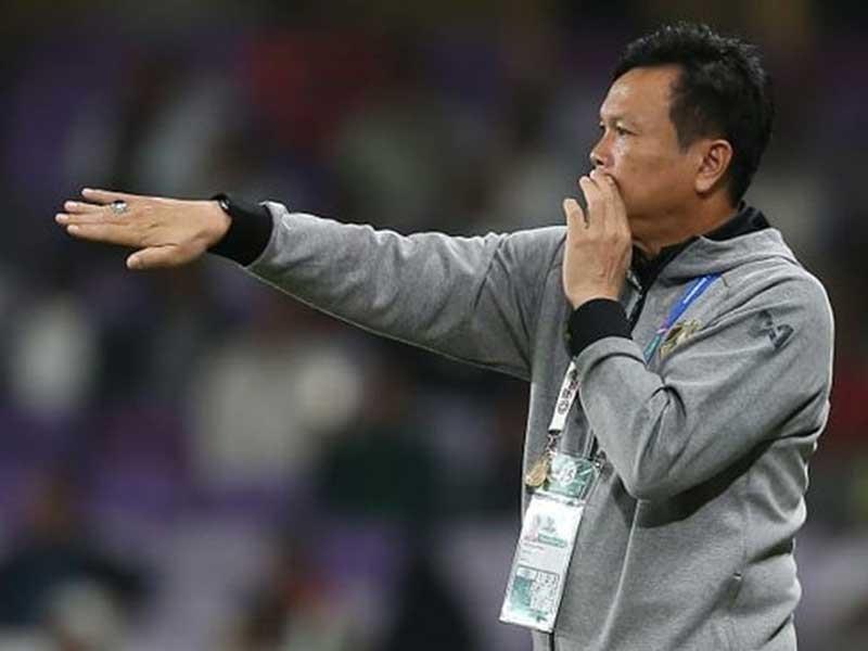 Thua VN, Thái Lan càng đẩy cầu thủ mình vào thế căng cứng - ảnh 1
