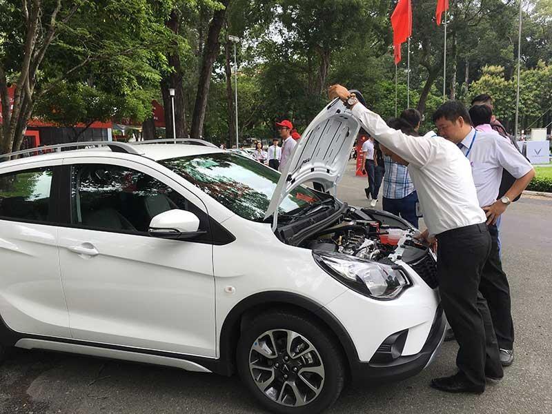 Đại gia bắt tay hồi sinh giấc mơ ô tô Việt - ảnh 1