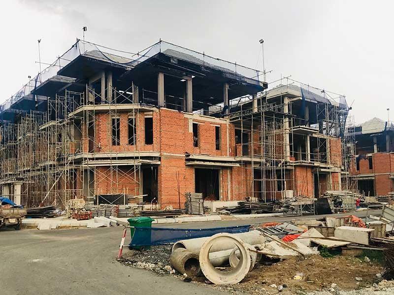 Vụ 110 nhà liên kế xây 'chui': Không thể cho qua - ảnh 1