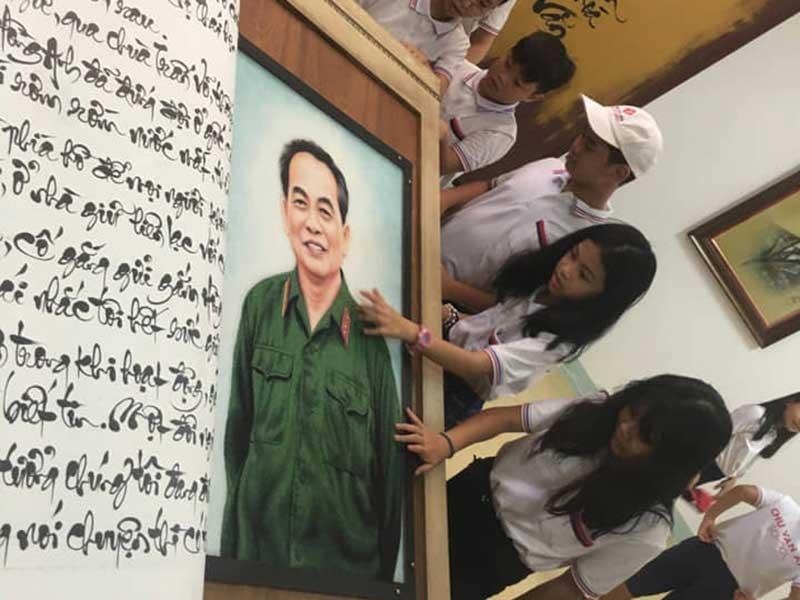 Sách thư pháp lớn nhất TG viết về Đại tướng Võ Nguyên Giáp - ảnh 1