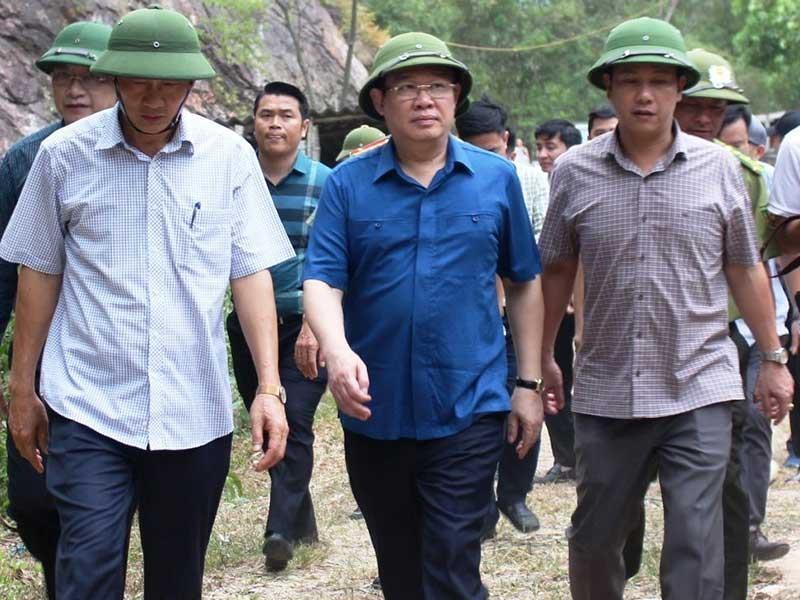 Rừng ở 5 tỉnh miền Trung bị cháy - ảnh 2