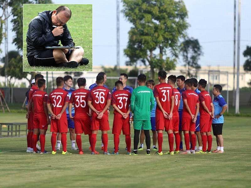 Thầy Park gặp khó và nghịch lý tuyển U-23 Việt Nam - ảnh 1