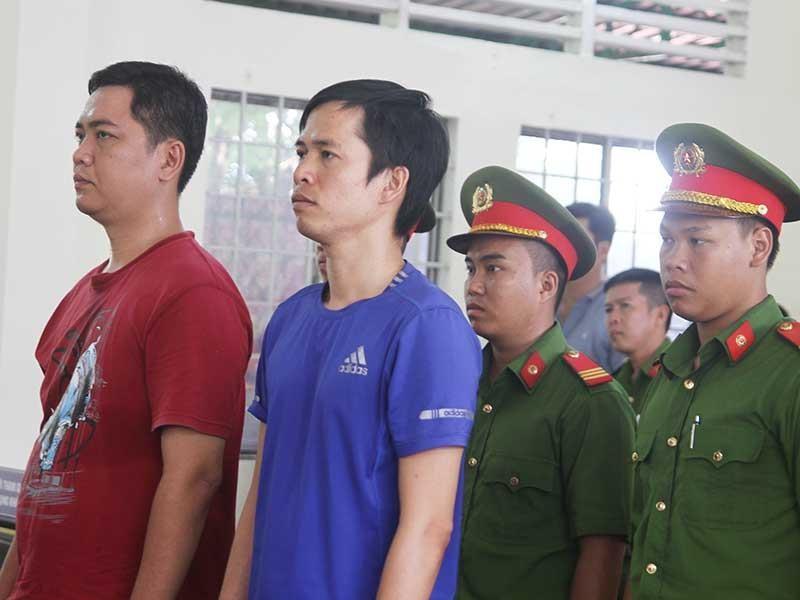 8 năm tù cho mỗi cựu công an đánh chết dân - ảnh 1