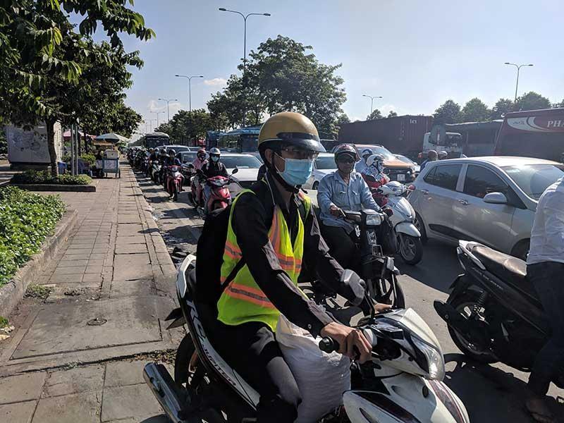 Hiến kế gỡ tắc giao thông khu Đông TP.HCM - ảnh 1