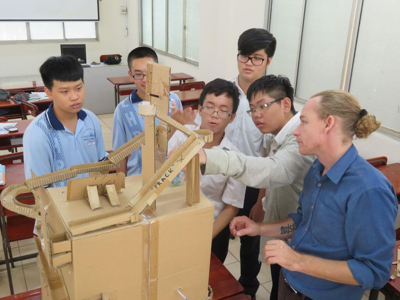 TP.HCM: Đầu tư dạy và học tiếng Anh hiệu quả - ảnh 2