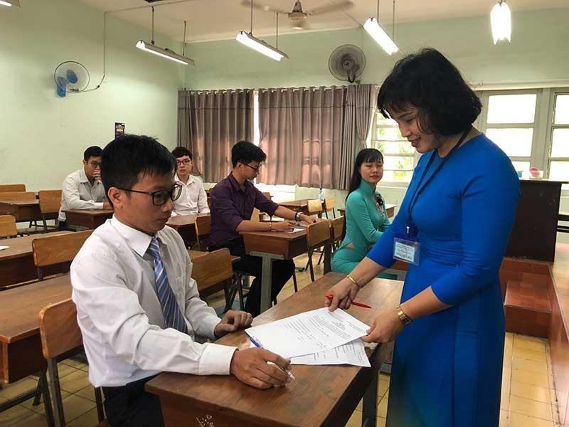 TP.HCM ráo riết tuyển dụng giáo viên - ảnh 1