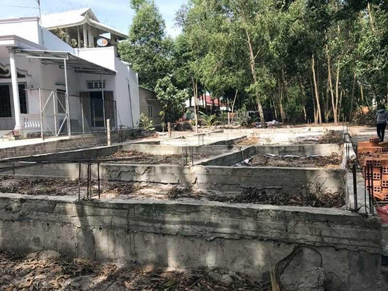 Bất lực trước vụ xây nhà trên đất hàng xóm? - ảnh 2
