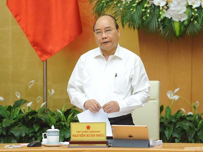 Lãnh đạo Chính phủ, bộ trưởng bức xúc vì luật đá luật - ảnh 1