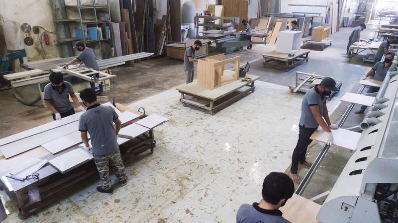 Hiểm họa từ đồ nội thất gỗ công nghiệp trôi nổi - ảnh 1