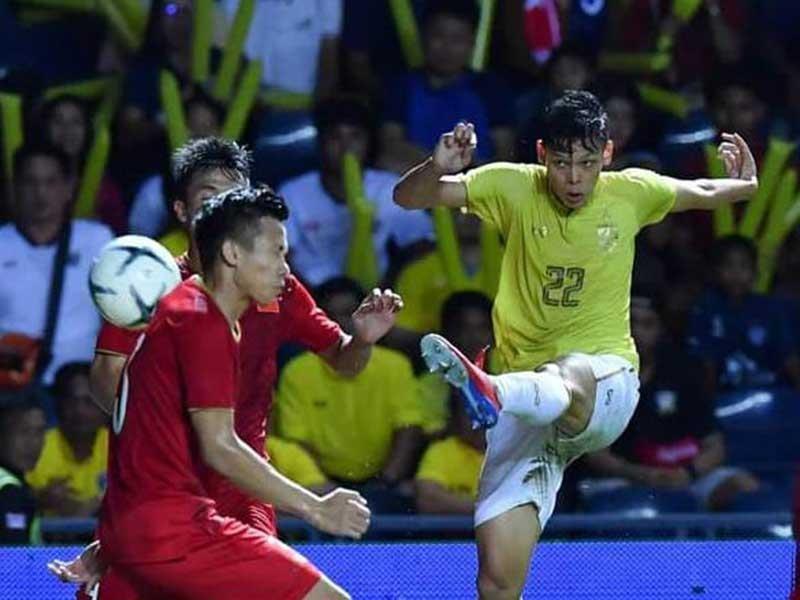 Từ bạo lực bóng đá Thái đến cách giáo dục của người Nhật - ảnh 2