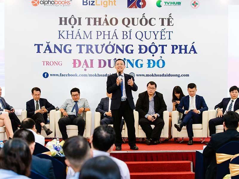 TS Bùi Quang Tín: 'Thích làm giàu thần tốc thì dễ lụi tàn' - ảnh 2