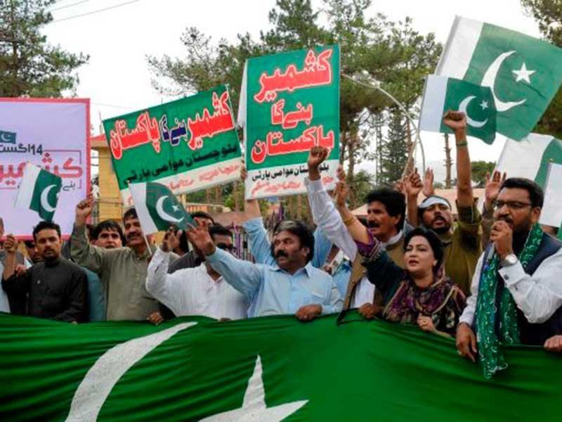 Ấn Độ quyết bỏ điều 370, Kashmir sợ hãi và giận dữ - ảnh 1