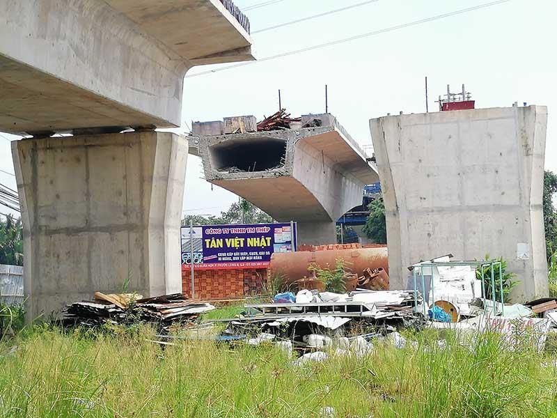 Người dân ba quận bảy năm ngóng một cây cầu - ảnh 1