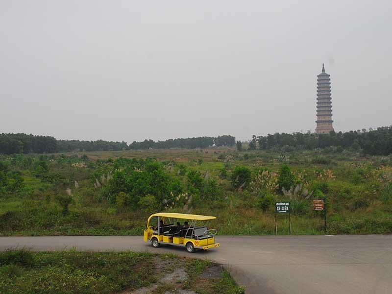 Bộ TN&MT nói về đất xây chùa Bái Đính, Tam Chúc... - ảnh 1