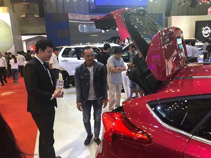 Lo xe hơi ngoại 'đè bẹp' ô tô lắp ráp tại Việt Nam - ảnh 1