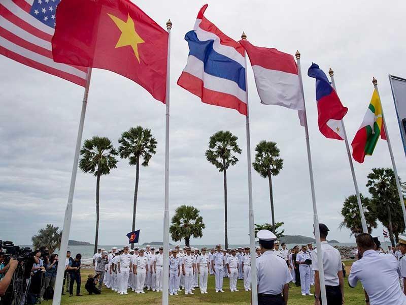 Biển Đông: Trung Quốc leo thang, các nước cần đối sách mới - ảnh 1