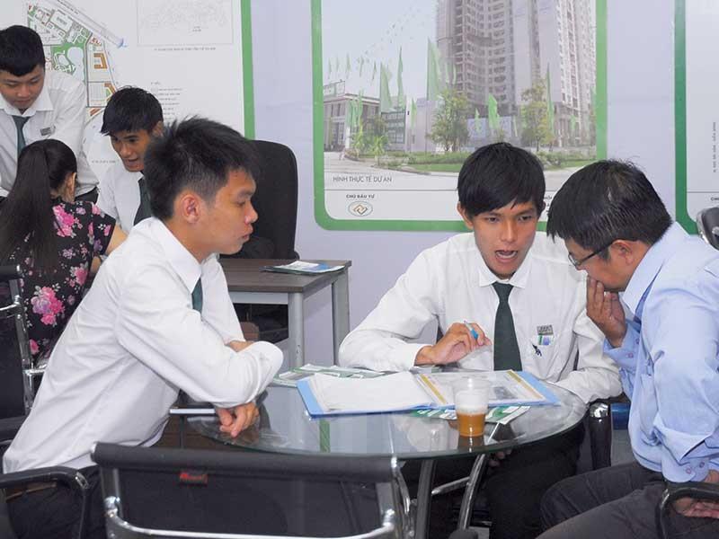 TP.HCM kiến nghị Thủ tướng gỡ vướng giao dịch bất động sản - ảnh 1