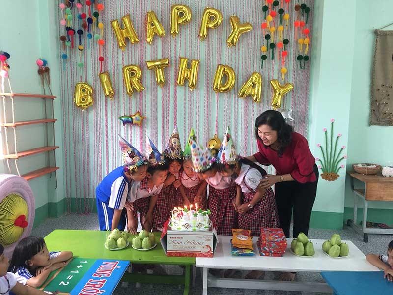 Góc sinh nhật hạnh phúc ở Trường Phú Điền - ảnh 1