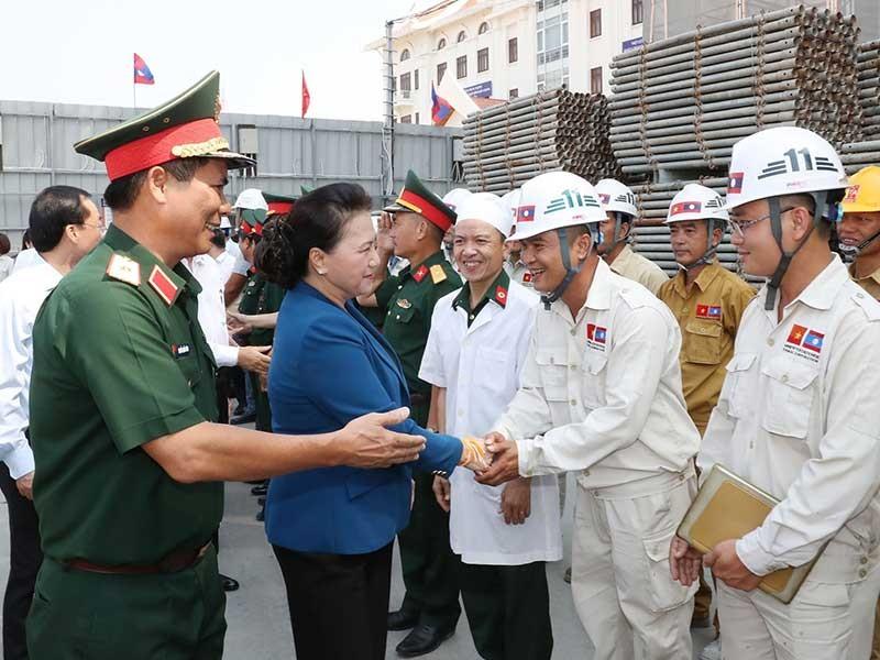Chủ tịch Quốc hội kiểm tra tiến độ thi công Nhà Quốc hội Lào - ảnh 1