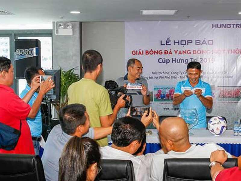 Ông Ba Ram tổ chức giải 'Vang bóng một thời' - ảnh 2